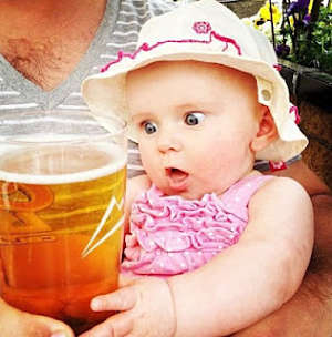 Toca Comer. Beber productos poco saludables se ha generalizado en ámbito mundial. Marisol Collazos Soto, Rafael Barzanallana