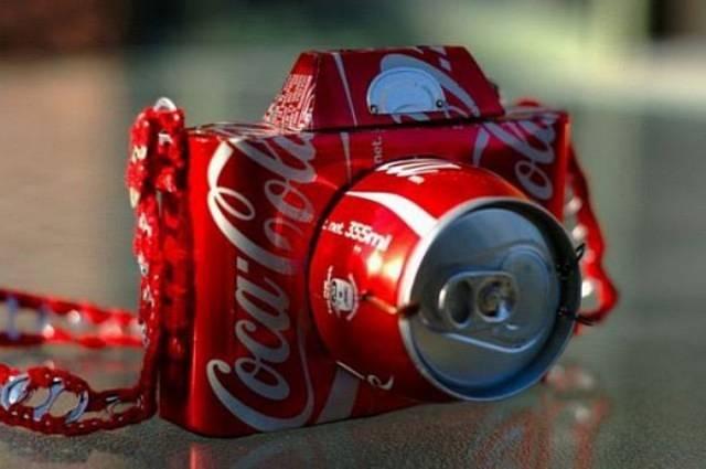 Toca Comer. Maquina de fotos en base a latas de Coca Cola. Marisol Collazos Soto