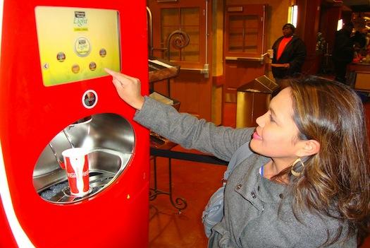 Toca Comer. Coca Cola y facebook. Marisol Collazos Soto