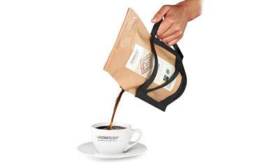 Toca Comer.    Taza de café desechable. Marisol Collazos Soto, Rafael Barzanallana