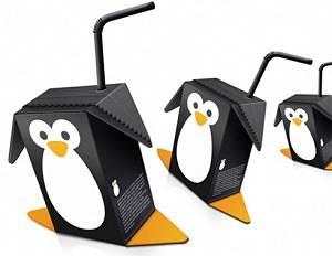 Toca Comer. Original formato de brik simulando un pingüino. Marisol Collazos Soto, Rafael Barzanallana