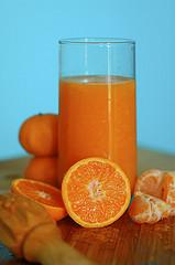 Toca Comer. Beneficios del zumo de naranja. Marisol Collazos Soto, Rafael Barzanallana