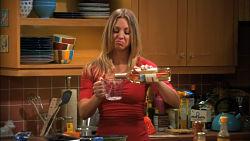 Toca Comer. The Big Bang Theory, cocinando con ayuda de un láser. Marisol Collazos Soto, Rafael Barzanallana