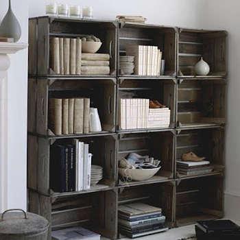 Toca Comer.   Librería en base a cajas de fruta. Marisol Collazos Soto, Rafael Barzanallana