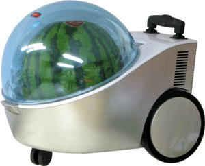 Toca Comer. Refrigerador y calentador portátil de sandías. Marisol Collazos Soto