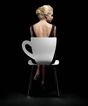 Toca Comer. Original silla taza de café. Marisol Collazos Soto, Rafael Barzanallana