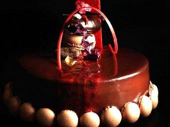 Toca Comer. Pasteleros valencianos reinventan las tartas. Marisol Collazos Soto, Rafael Barzanallana
