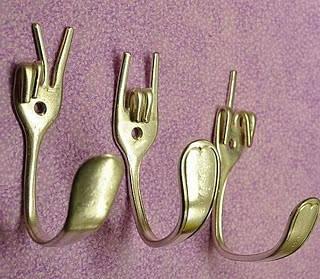 Toca Comer. Originales tenedores percha. Marisol Collazos Soto, Rafael Barzanallana