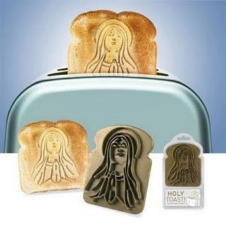Toca Comer. Tostador que logra en el pan la imagen de la virgen María. Marisol Collazos Soto