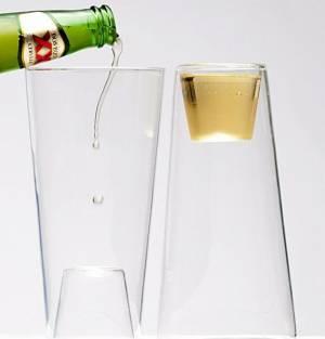 Toca Comer. Original vaso para chupitos. Marisol Collazos Soto, Rafael Barzanallana